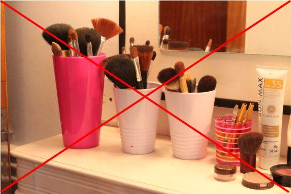 14 Coisas que ninguém deveria fazer no banheiro