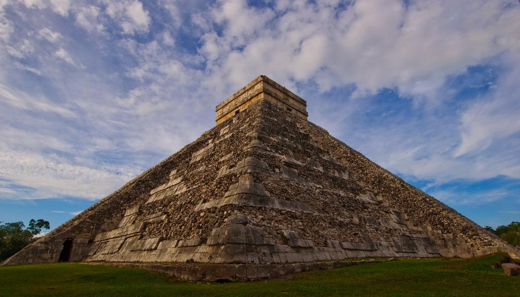 Jukatan-Chichen-Itza-Piramida