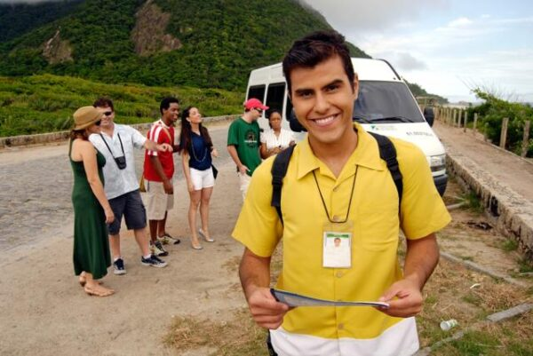 Técnico-em-Guia-de-Turismo-Pronatec-01
