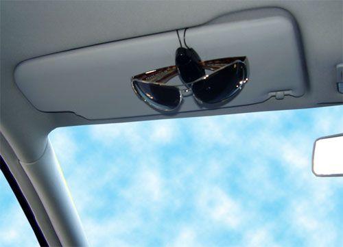 foto-suporte-de-oculos-para-carro-09