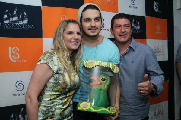 img-630247-tom-veiga-interprete-do-louro-jose-vai-ao-show-de-luan-santa20140906091410005795