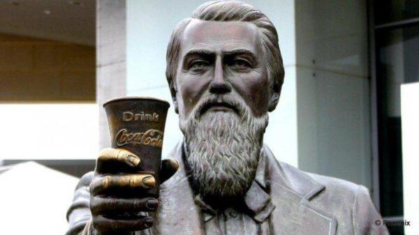john-pemberton-coca-cola-farmaceuticas