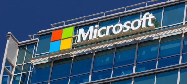 shutterstock_192614108_Ken-Wolter_Microsoft_hq