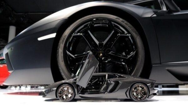 Aventador-Scale-Model