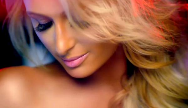 Paris-Hilton-Debuts-Song-With-Lil-Wayne-665x385
