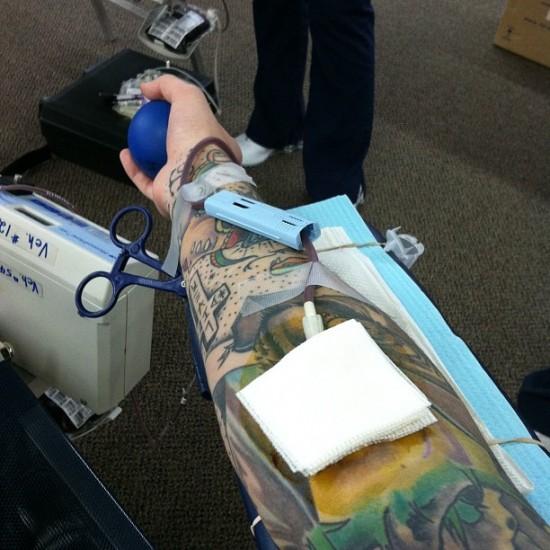 Quem-tem-Tatuagem-pode-Doar-Sangue