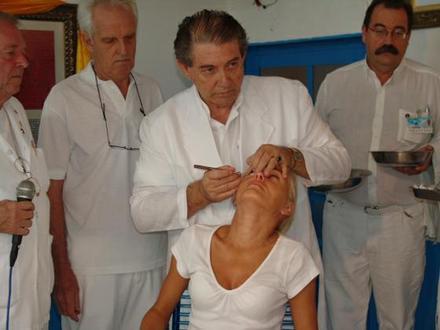 excursao+para+abadiania+em+goias+cirurgia+espiritual+com+joao+de+deus+belo+horizonte+mg+brasil__760C57_3