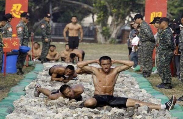 treinamentos-militares-insanos-5--838x545