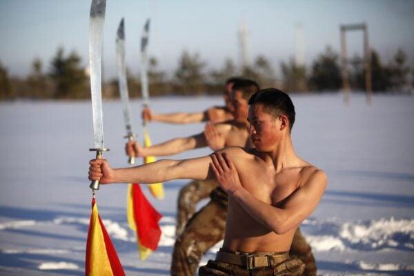 treinamentos-militares-insanos-6-3-838x559