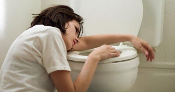 enjoo-matinal-gravidez-vomito-bulimia-disfuncao-alimentar-intoxicacao-alimentar-1406677647517_956x500