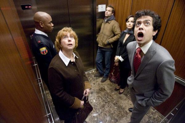 medo-de-elevador2