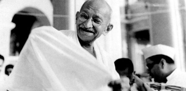 Mahatma-Gandhi-640x314