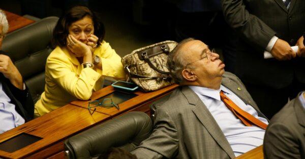 heraclito dormindo