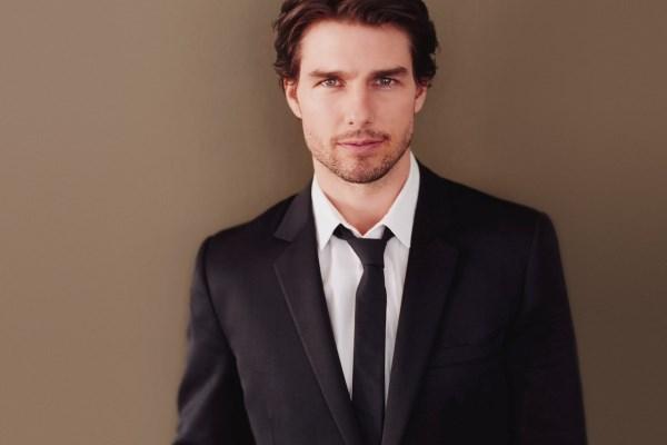 Tom-cruise-tuxedo-tie-actor-1080x1920