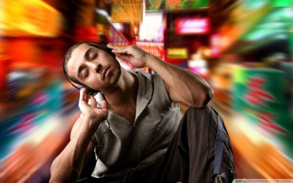 ouvir-musica-durante-os-estudos-e-uma-boa-ideia-26
