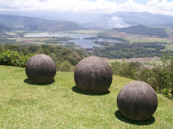 ct_esferas-rochosas-costa-rica_az