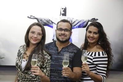 Como é a vida do primeiro brasileiro a oficialmente ter duas esposas?