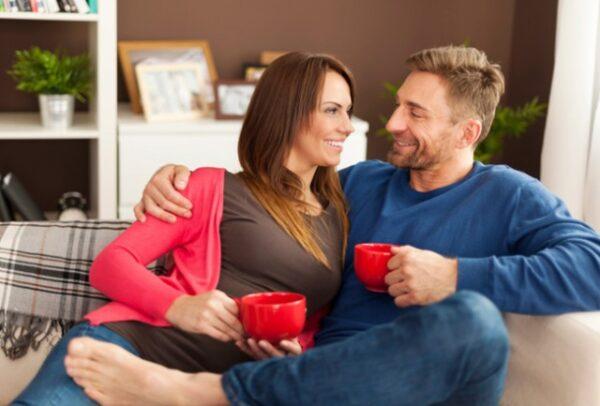 casal-dialogo-casa