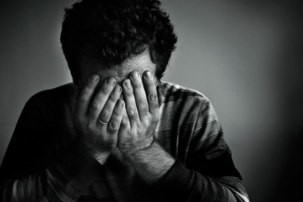 homem-triste-el-hombre