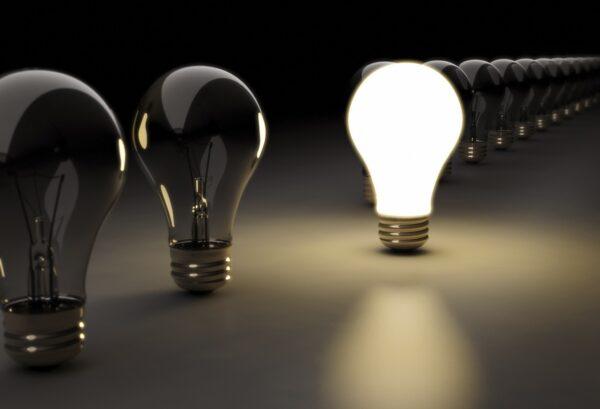 lit-light-bulb-wallpaper