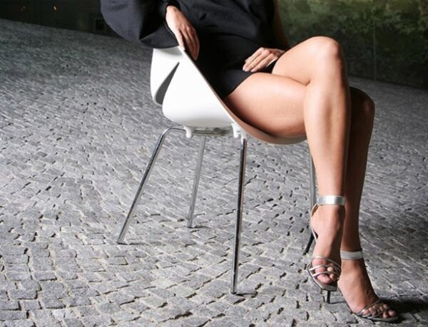 Esposa pernas cruzadas - free watch