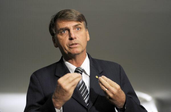 Salão Verde Entrevista Dep. Jair Bolsonaro fala sobre comissao da verdade Foto: janine Moraes 05.05.2010