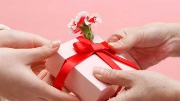 troca-de-presentes