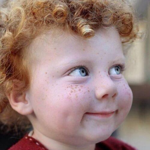 freckles-redheads-beautiful-portrait-photography-23-583565faa8c39-jpeg__700