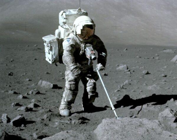 Por que o homem nunca voltou a lua?