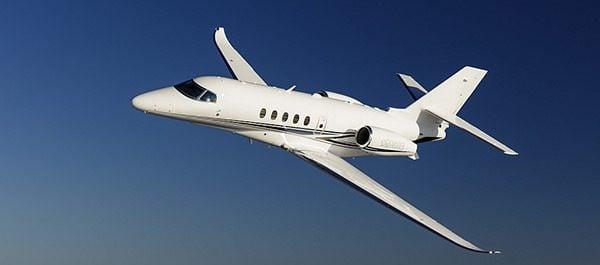 Tem Na Web - Por que a maioria dos aviões são brancos?