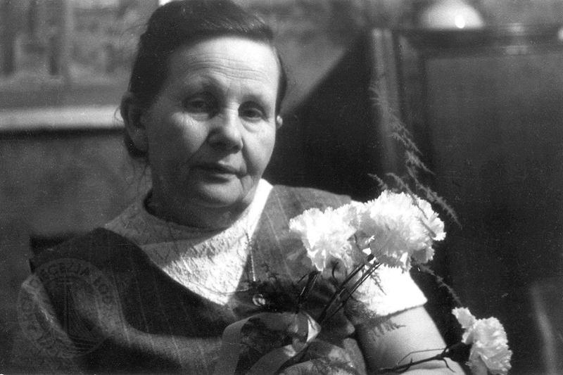 Tem Na Web - A mulher que salvou mais de 3000 bebês durante a Segunda Guerra Mundial